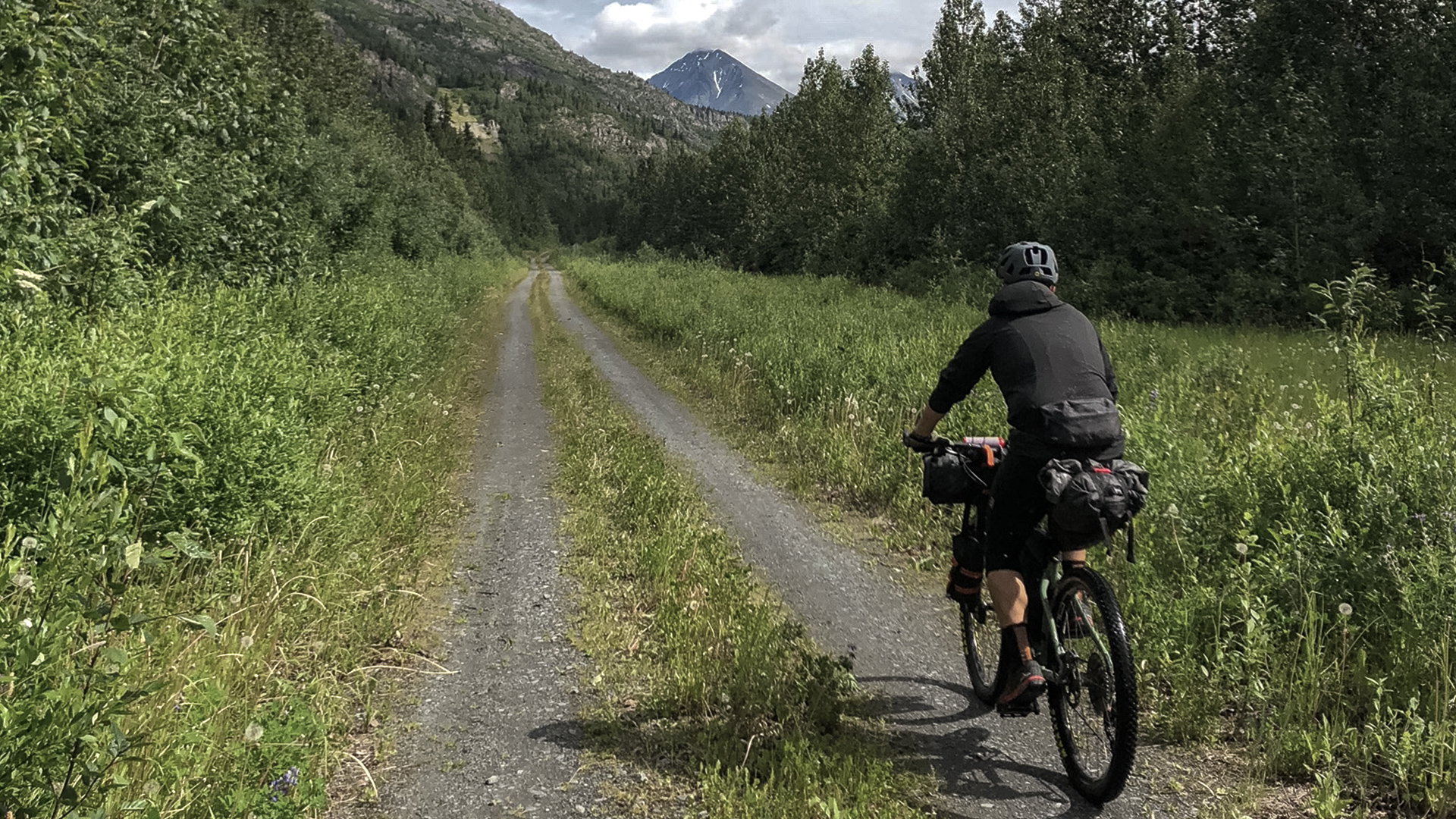 Bikepacking Alaska | Dirt for Happiness